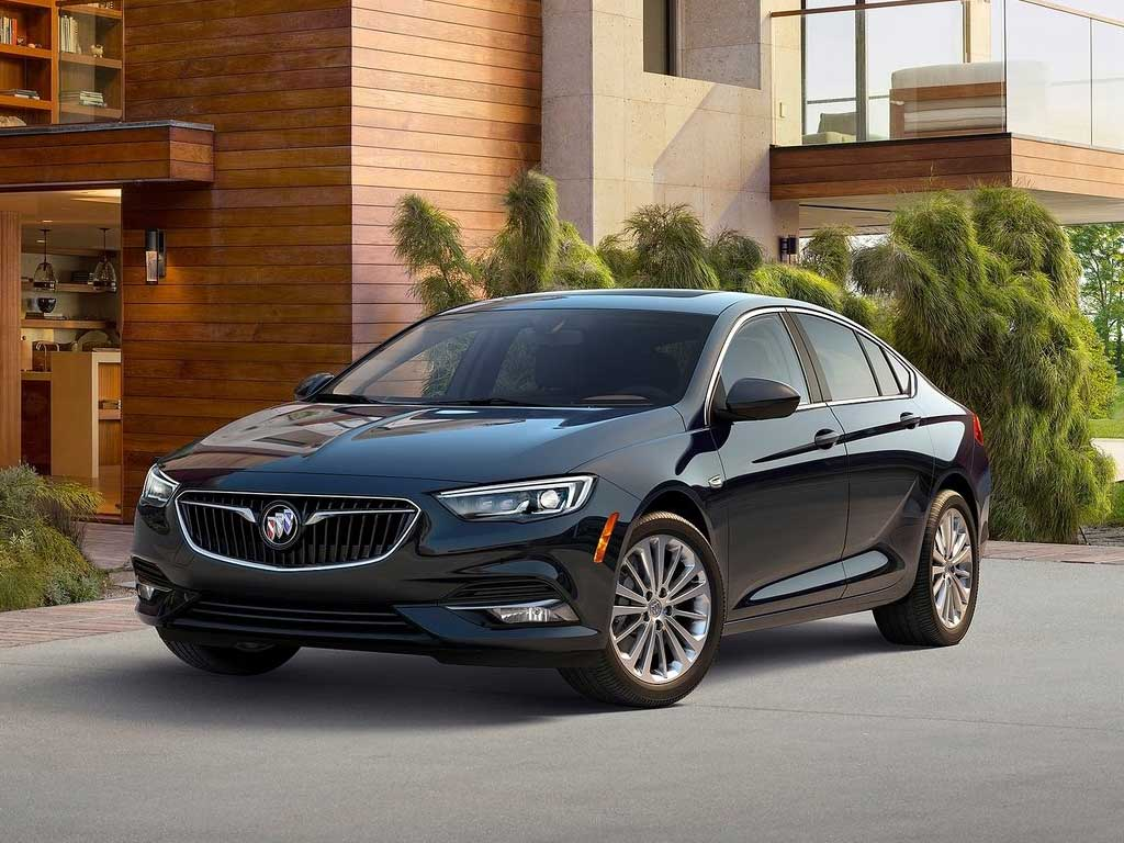 buick-regal-2018-sportback-01