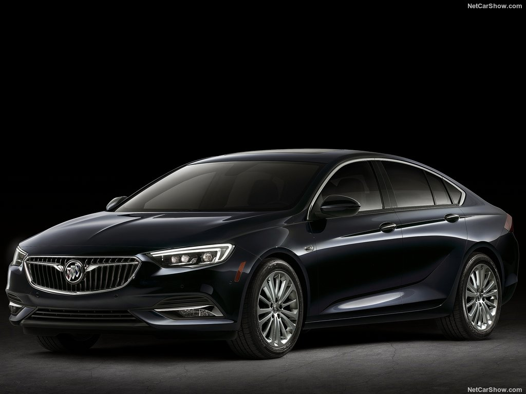 buick-regal-2018-sportback-03