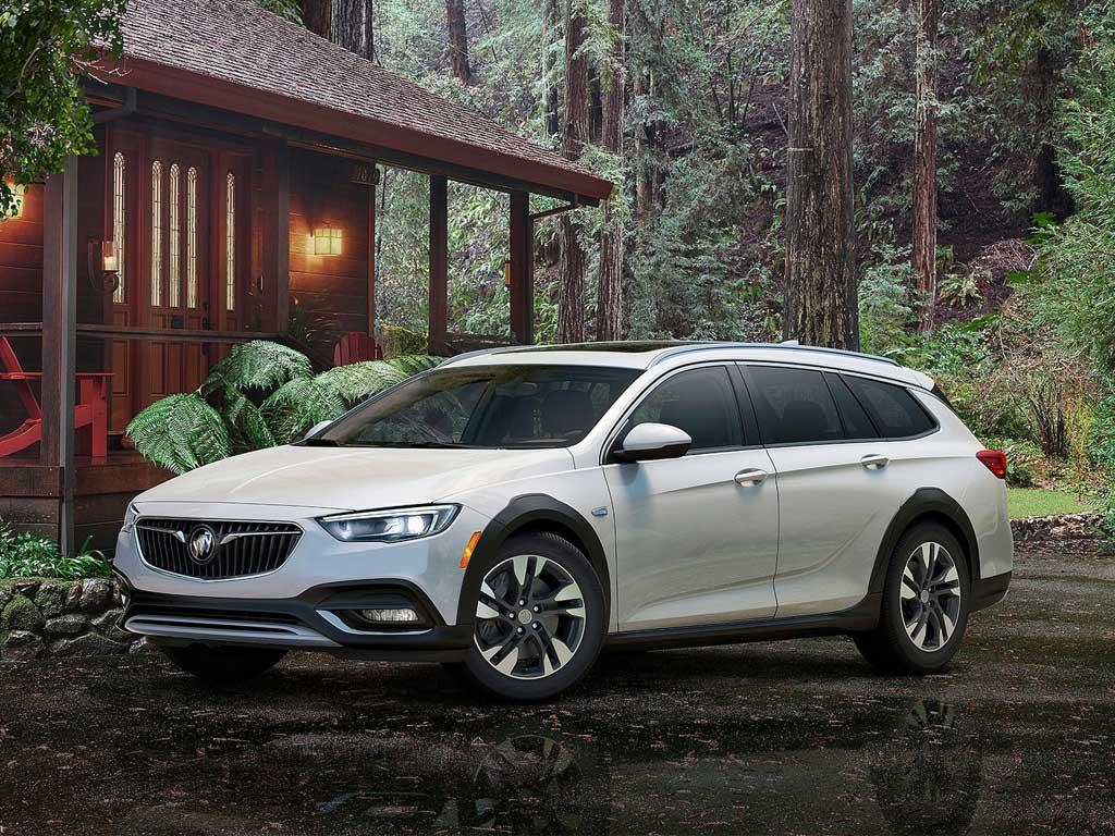 buick-regal-2018-tourx-01