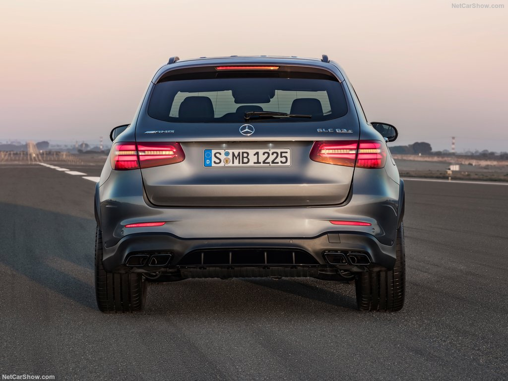 mercedes-benz-glc63_s_amg-2018-1024-13
