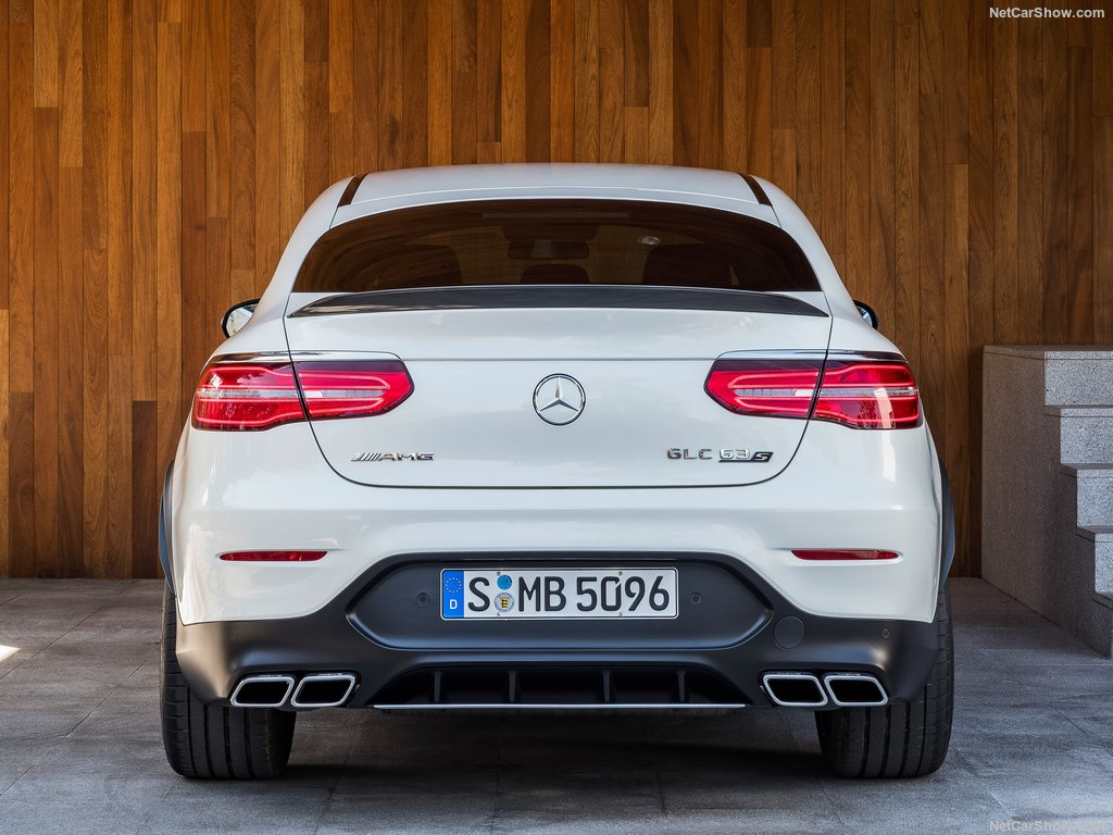 mercedes-benz-glc63_s_amg_coupe-2018-1024-15